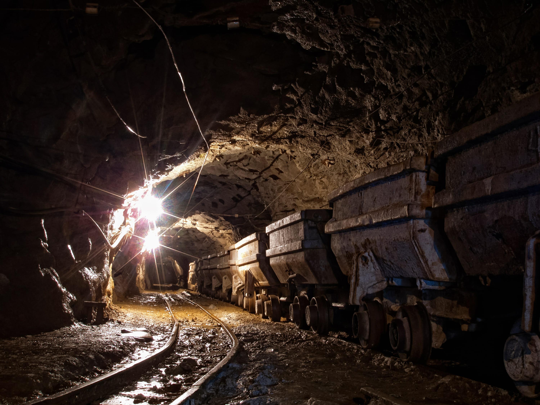 Underground Mine Pilots New Technology for Better Sludge Clean Up - underground mine